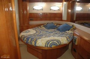 2002 Princess V62 Sports Yacht